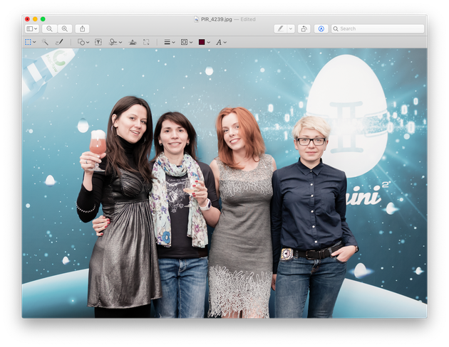 Adjusting a photo with macOS Preview: Screenshot