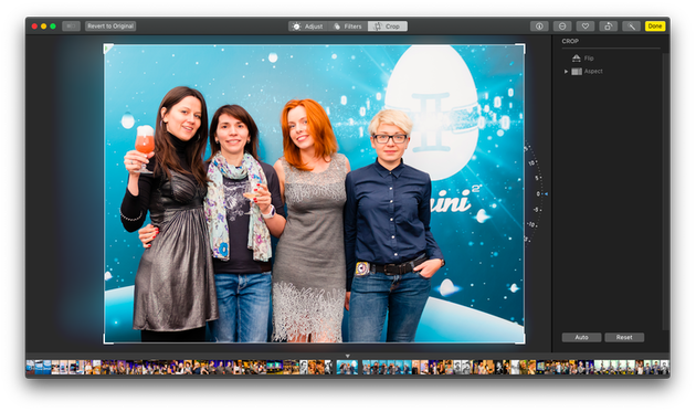 Cropping an image using Mac Photos: Screenshot