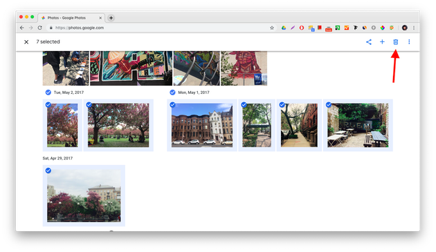 Screenshots: How to delete photos in Google Photos