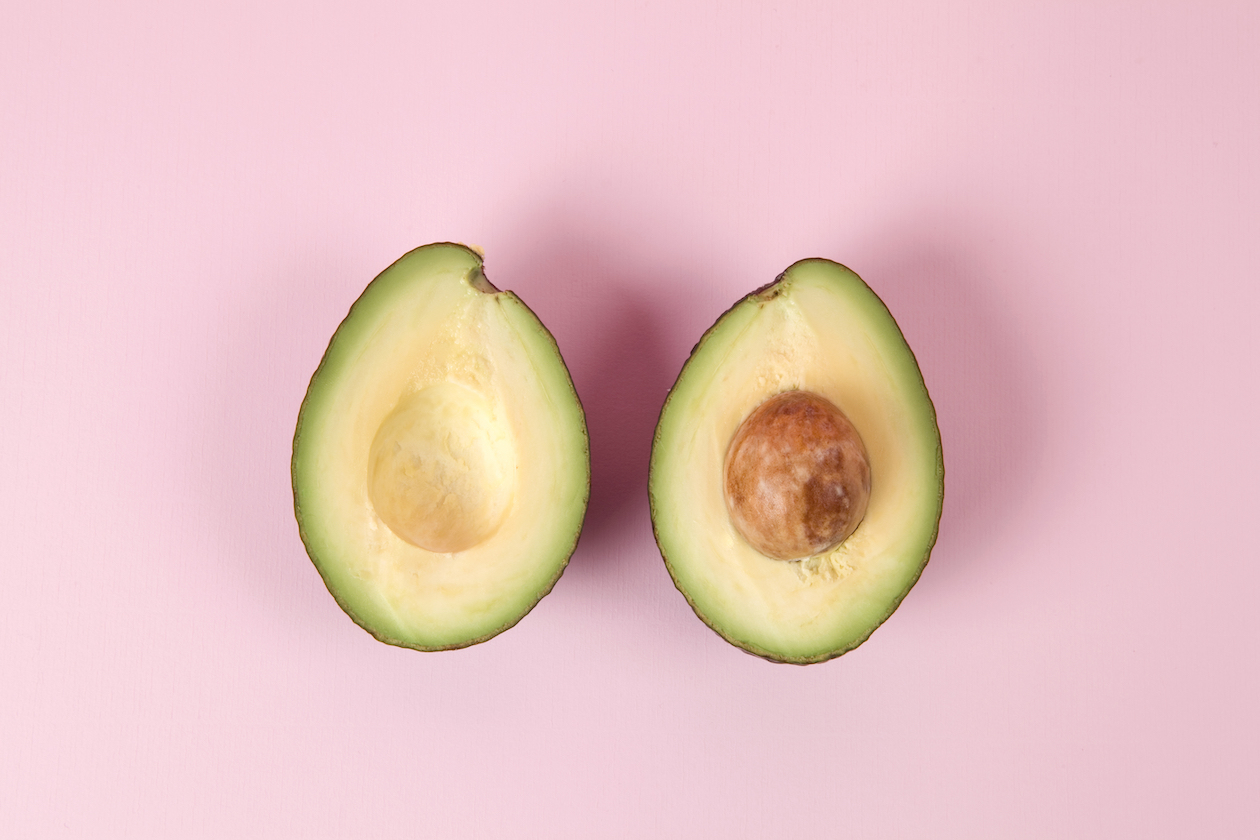 Food photography tips: Photo of avocados on a pink background